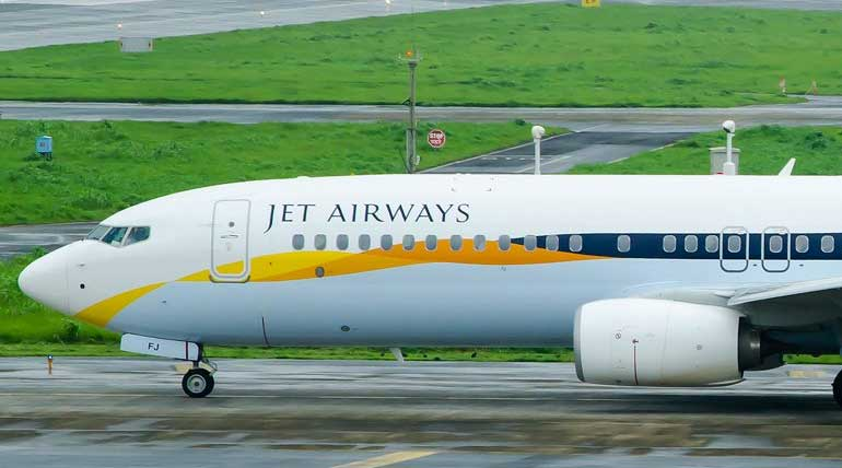IndiGo Hiring Over 100 Boeing 737 Pilots from Jet Airways