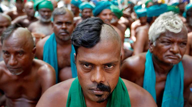 TN Farmers Protesting In Delhi