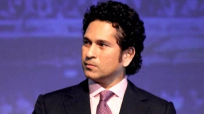 Sachin Tendulkar Advises Engineering Students In BMW Chengalpattu. Image credit:Bollywoodhungama/Wikimedia common