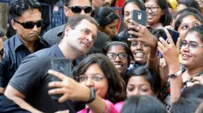 Rahul Gandhi in Stella Maris