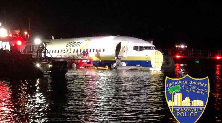 Boeing 737 Fight in Florida River , Image - Jax Sheriff